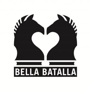 Bella Batalla logo with two chess horses facing each other.